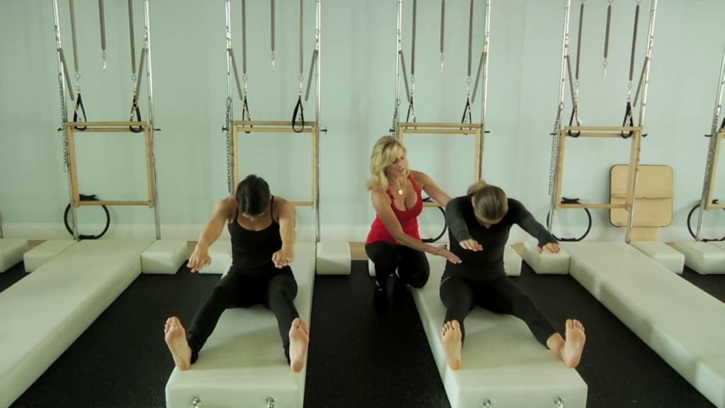 Beginner_mat_classical_pilates_education